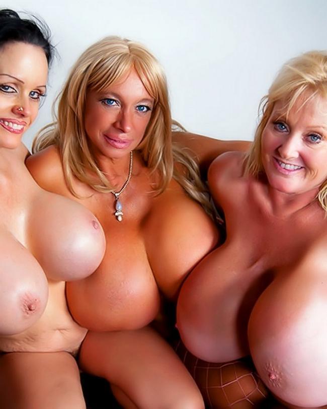 Громадные груди зрелых мамочек порнофото