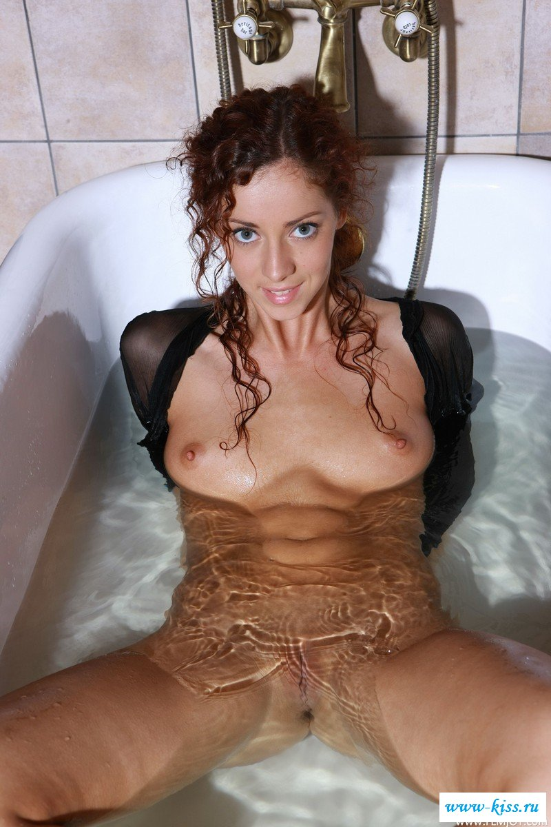 Ванная заждалась свою эротичную королеву